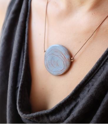 collier TERRE CUITE bleu gris
