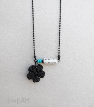 collier TYPO noir / turquoise