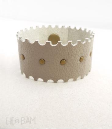 bracelet CUIR beige cranté