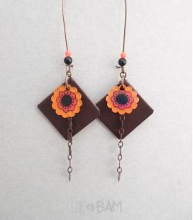 boucles CUIR marron / fleurs oranges