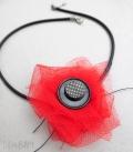collier COQUELICOT bouton résille